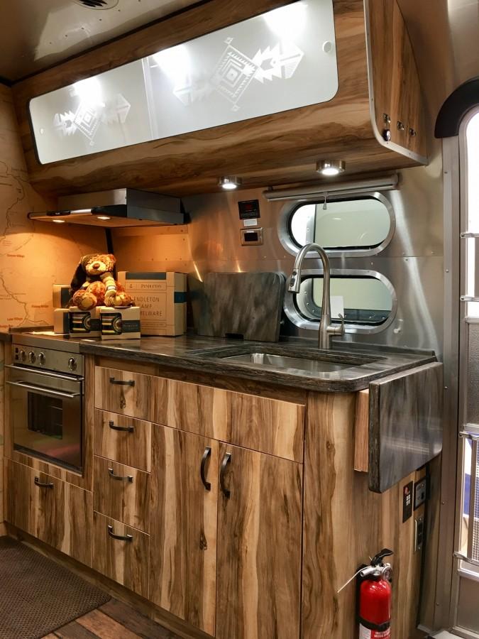 2016 Airstream Pendleton 28 Texas