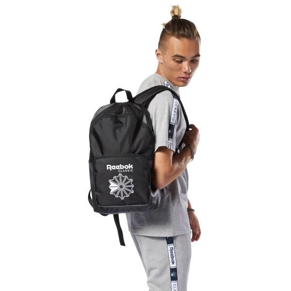 Classics_Core_Backpack_Black_DA1231_04_standard