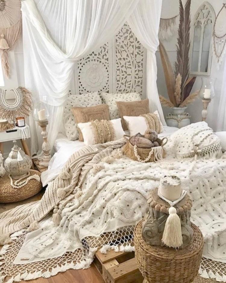35 Moroccan Bedroom Ideas
