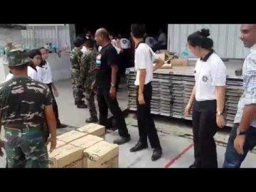 Rej 502 AW bersama sukarelawan di Pangkalan Udara Subang