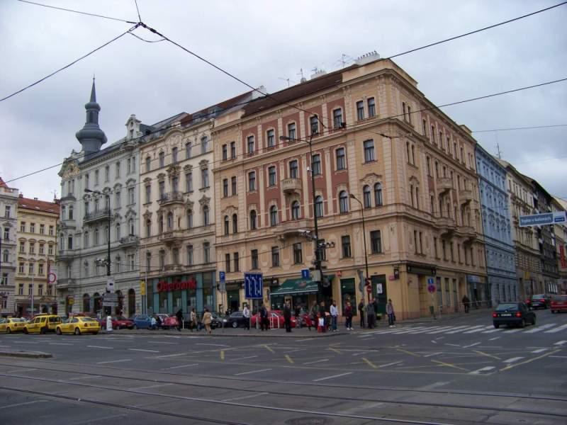 Visiter Prague: Le square IP Pavlova, au coeur du quartier Vinohrady