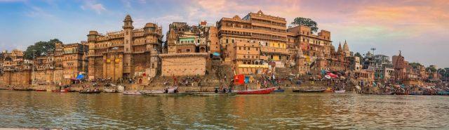 Explore Varanasi - Book Flight Tickets Online with Vistara