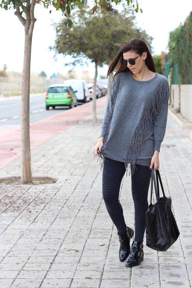 Outfit flecos grises 1