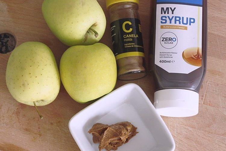 Dos snacks saludables con manzana