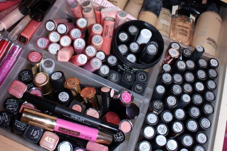 Ordenando mi maquillaje