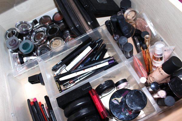 Mi mueble de maquillaje1