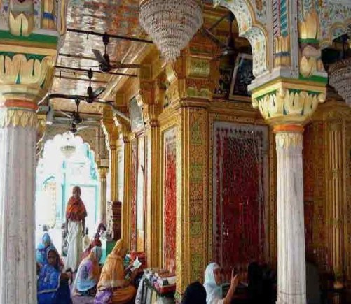 Hazrat Nizamuddin Auliya Dargah, Delhi History, Story & Information in Hindi