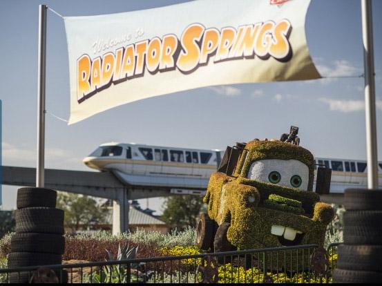 Radiator Spring - Imagem de divulgação da Disney - Matt Stroshane