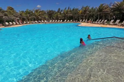 Dom Pedro Laguna Resort