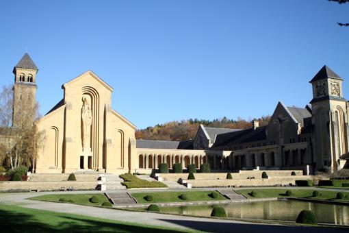 Conheça o lindo monastério onde é produzida a Orval