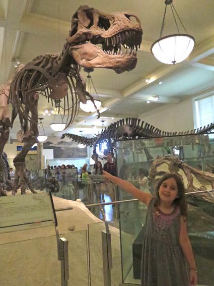 As Laranjinhas em NY - Sala de Dinossauro do Museu de História Natural