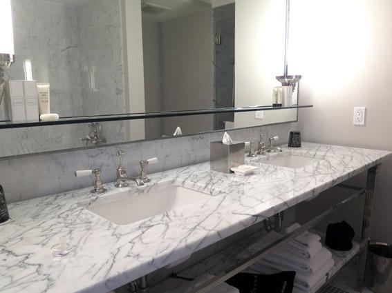 Relais & Châteaux The Surrey pia banheiro