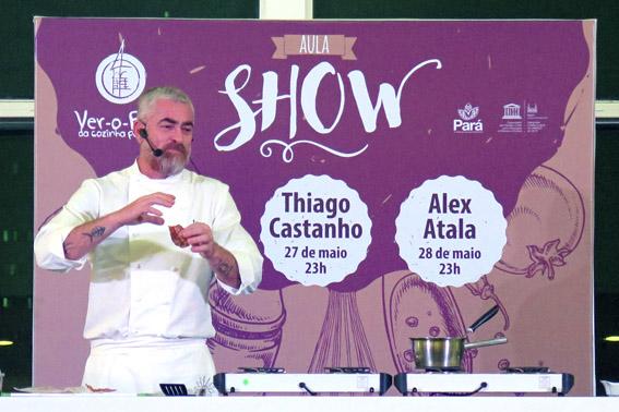 Aula do chef Alex Atala no festival Ver o Peso