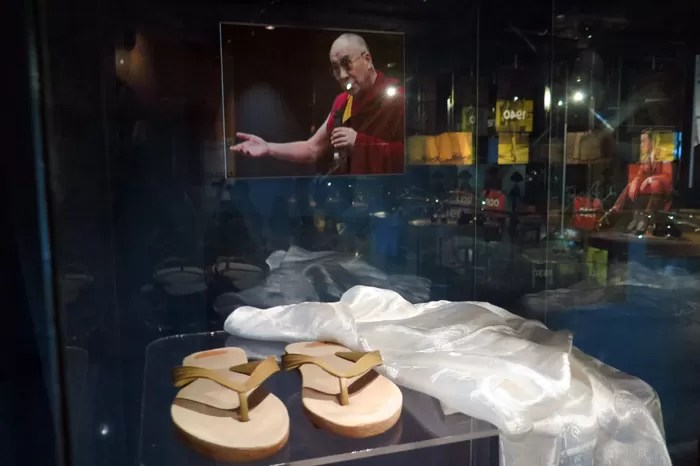 Bata Shoe Toronto sapato Gandi