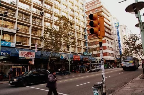 ruas do centro de montevideo