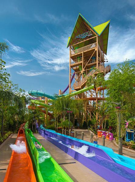 Ihus Breakaway Falls Drop at Aquatica Orlando