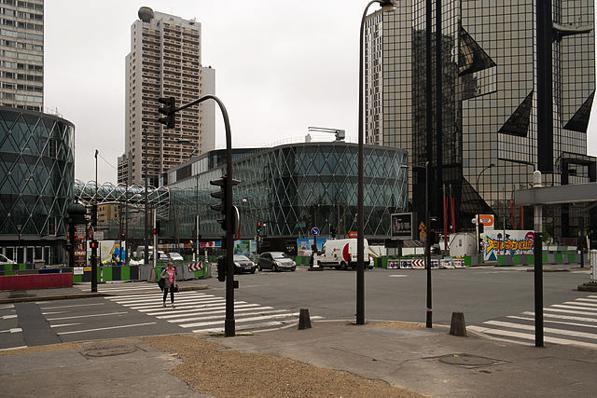 d71b9de2c4b Este bairro também tem a fama de ser um bairro residencial e com poucas  atrações turísticas. É o maior dos vinte arrondissements de Paris