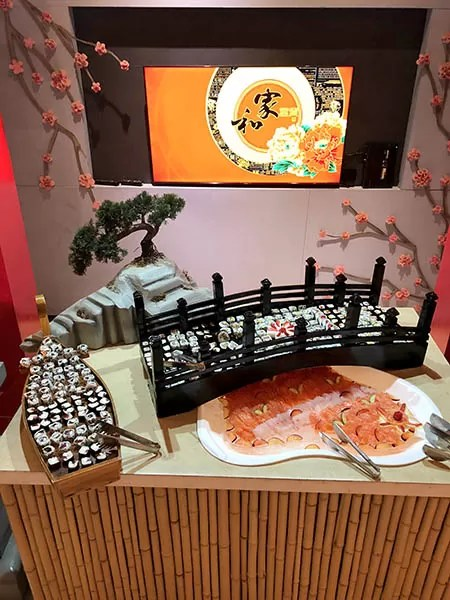 Buffet de comida japonesa