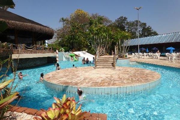 piscina nas férias