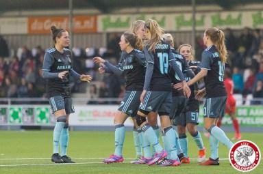 05-05-2017: Voetbal: Vrouwen FC Twente v Ajax: Enschede Merel van Dongen of Ajax, Lois Oudemast of Ajax, Desiree van Lunteren of Ajax