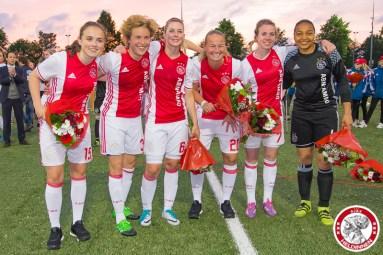 2017-05-19 Ajax vrouwen - Ado den Haag KAMPIOEN- 00009