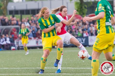 2017-05-19 Ajax vrouwen - Ado den Haag KAMPIOEN- 00011