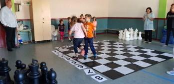 Leontxo visita Ajedrez a la escuela