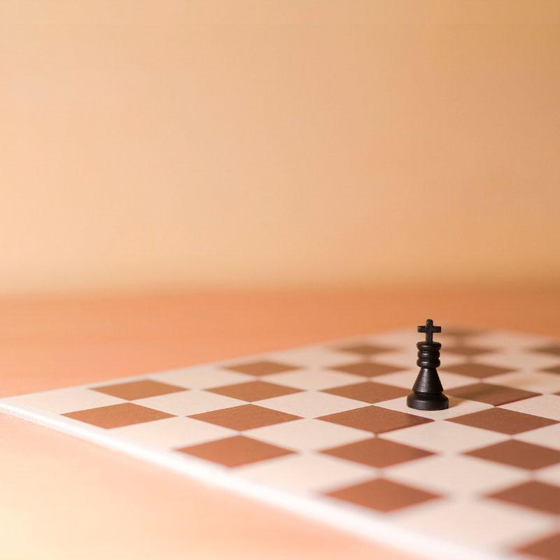 retos de solitarios ajedrez educativo
