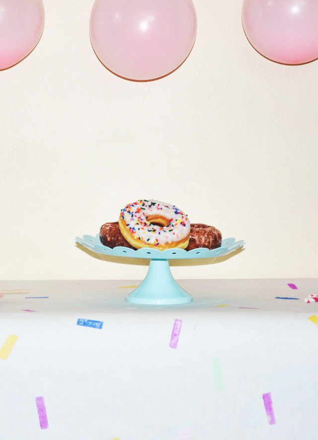 sprinkletablecloth5