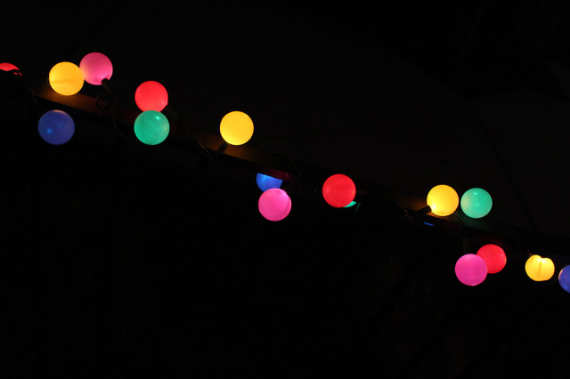 DIY globe lights! Cheap and cuter than the store bought kind | A Joyful Riot @ajoyfulriot