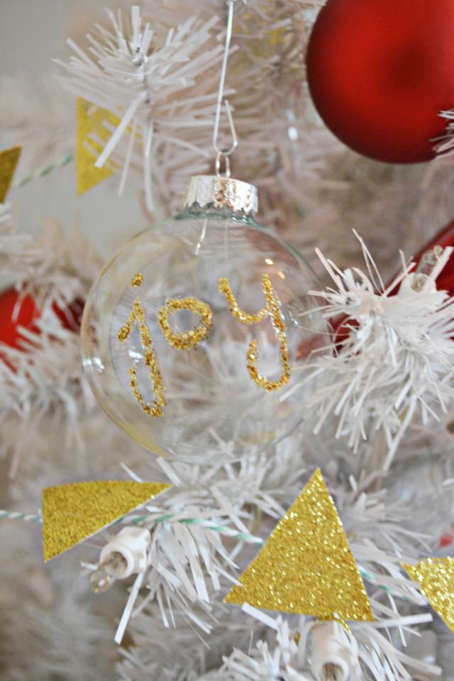 Glitter Word Ornament DIY   A Joyful Riot @ajoyfulriot