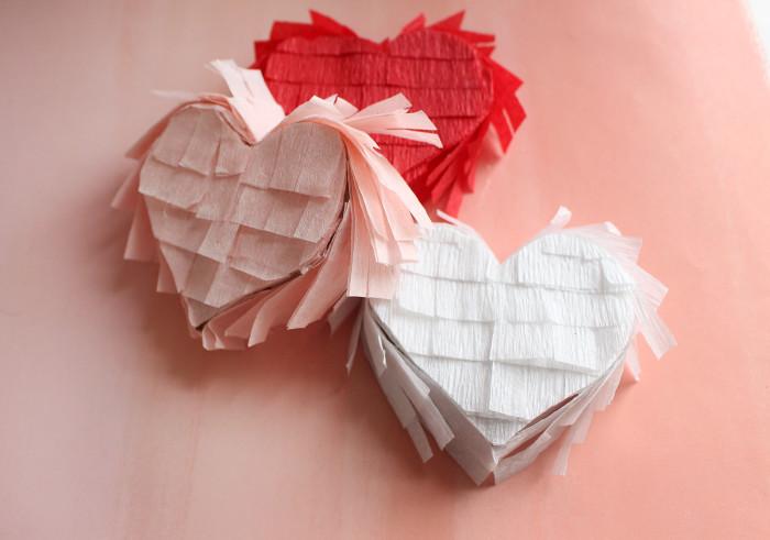 Mini Heart Breaker Valentine Pinatas | A Joyful Riot