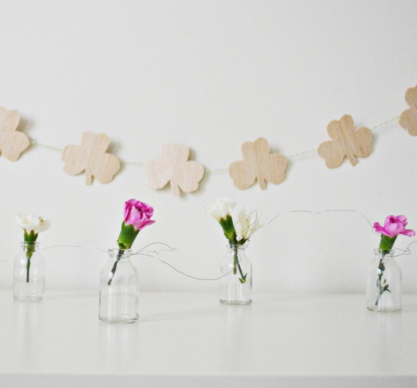Wood Shamrock Garland