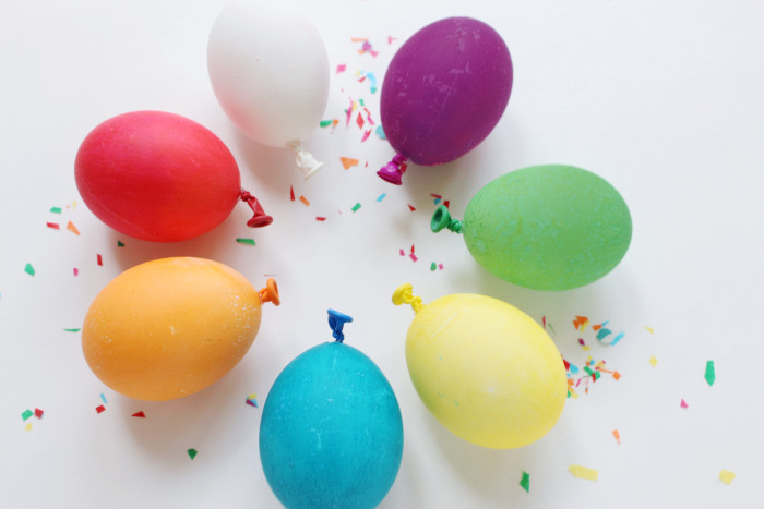 easter eggs that look like balloons! | A Joyful Riot