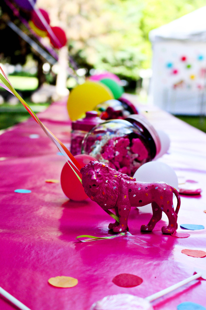Pink and polka dot circus animal cookie party from A Joyful Riot