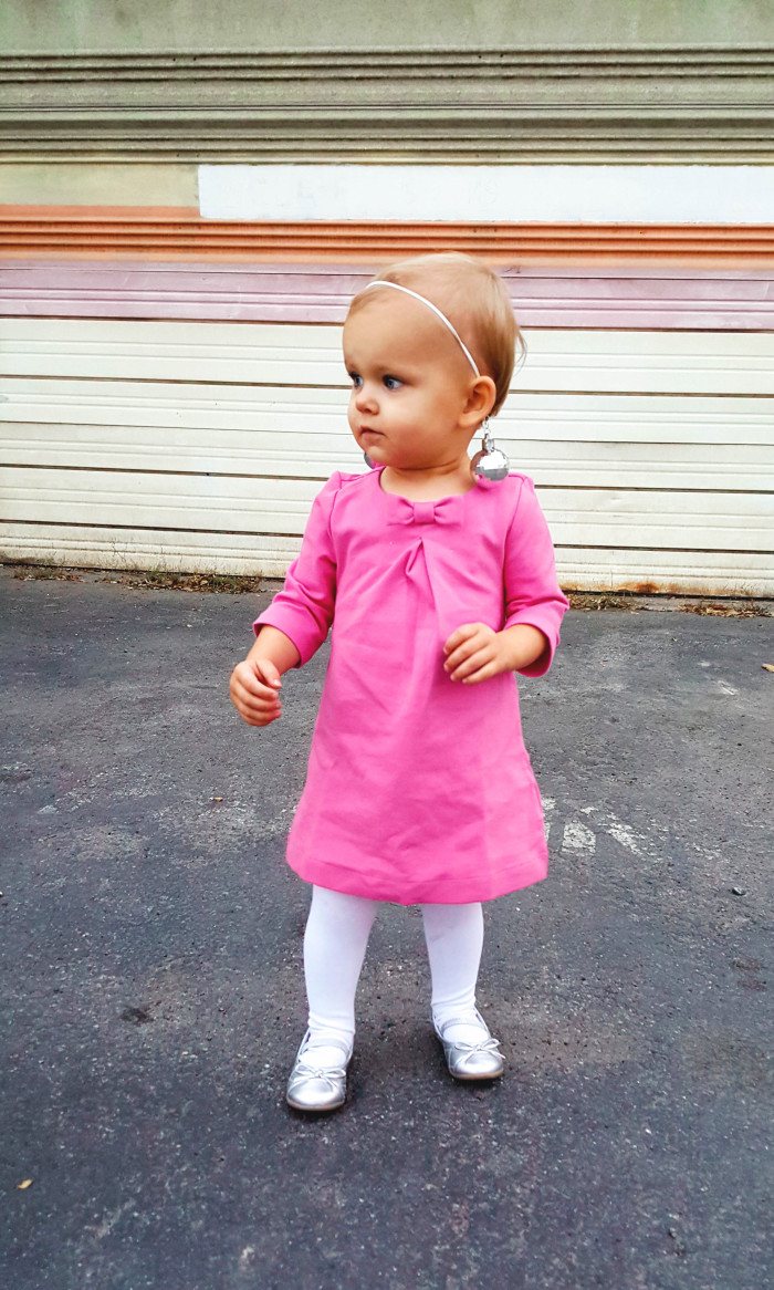 Toddler Twiggy costume, perfect for your lttle ones with a baby amound of hair ajoyfulriot.com @ajoyfulriot-8