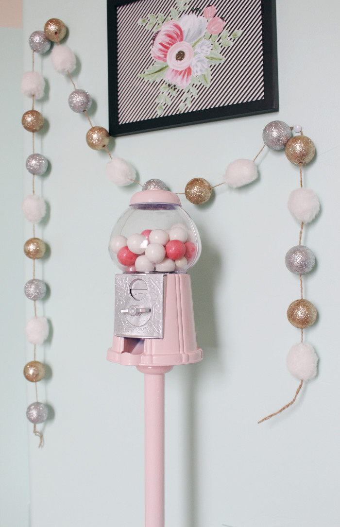 DIY gumball machine & stand ajoyfulriot.com @ajoyfulriot 3