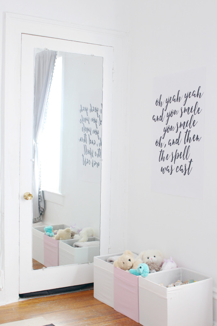 Black, white, pink nursery via ajoyfulriot.com @ajoyfulriot 5