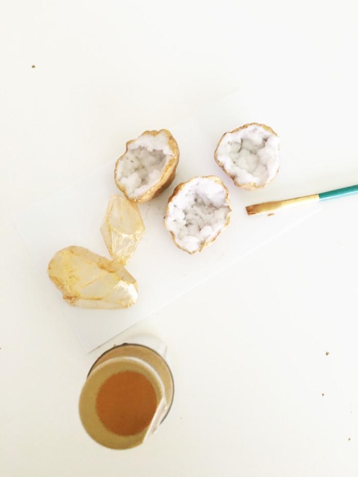 Easy DIY Gilded Geode and Crystal Gemstone Napkin Rings from ajoyfulriot.com