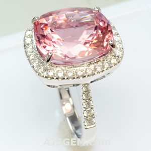 9.78 ct Pink Morganite and Diamond Ring, side view