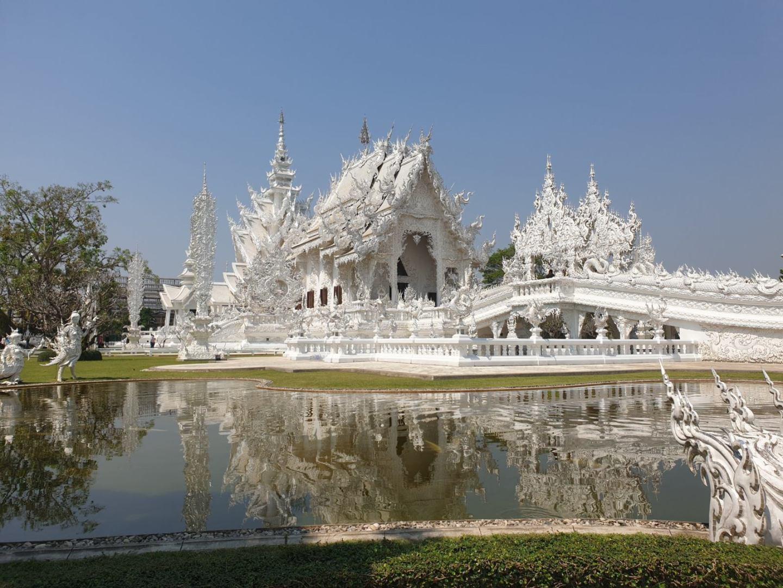 CHIANG RAI TRAVEL GUIDE white temple