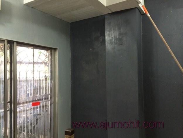 ca ruang tamu warna kelabu