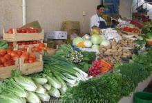 صورة أسعار سوق العبور: الطماطم بـ 5 جنيهات والبلطي بـ10 والمانجو بـ 6 والملوخية بجنيه واحد
