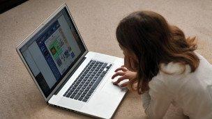 فريدوم هاوس :تزايد القيود المفروضة على الانترنت خلال العام المنصرم