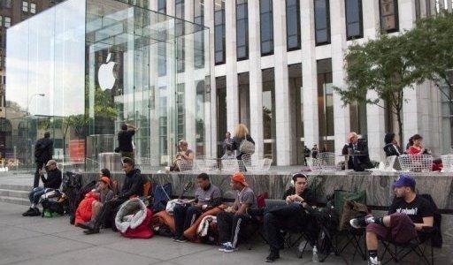 دراسة: بيع ملياري جهاز كمبيوتر وجهاز لوحي وهاتف ذكي في العام 2016