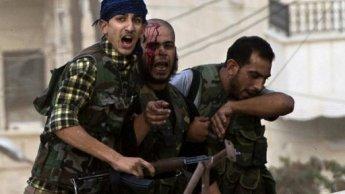 """معارك """"غير مسبوقة"""" في حلب والجيش النظامي يقتحم أحياء في دمشق سيطرت عليها المعارضة"""