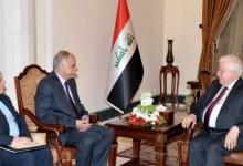 صورة الرئيس العراقي يستقبل السفير الفلسطيني