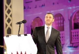 صورة القيصر يرفض الانسحاب من حفلات قطر الغنائية