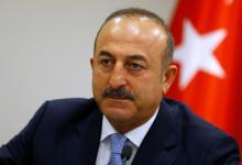صورة وزير الخارجية التركي يصل الى بغداد