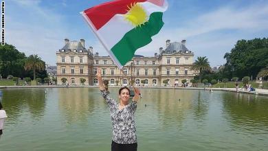 """صورة الأمن المغربي يحقّق مع ناشطة هدّدت بـ""""ذبح"""" العرب تضامنا مع الأكراد"""